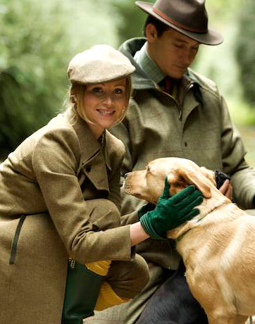 Classic Hunting Clothes For Men and Women