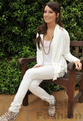 Shop For White Skinny Jeans For Womena